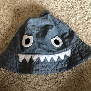 Baby Gap sun hat for toddler